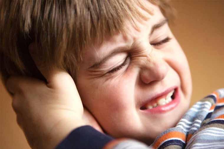 Đau tai là triệu chứng viêm tai giữa thường gặp