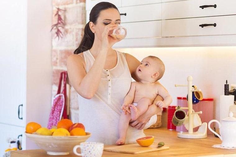 Mẹ nên cẩn trọng chọn nguyên liệu chế biến thức uống lợi sữa
