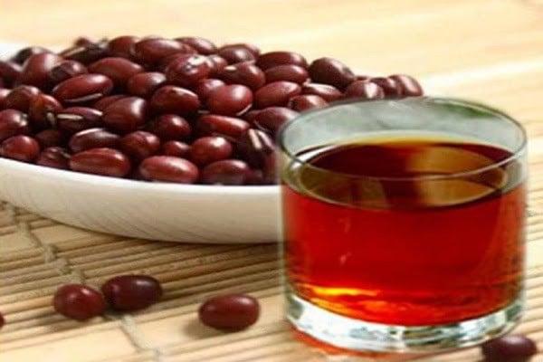 Nước đậu đỏ giúp lợi sữa