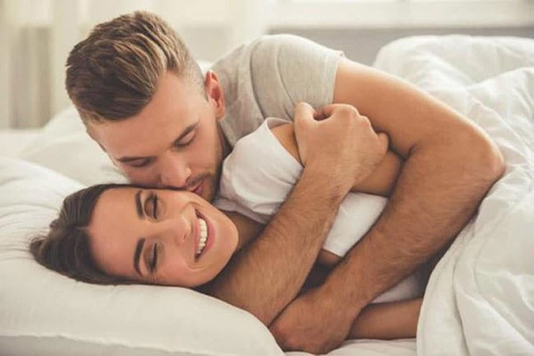 Quan hệ bằng miệng (oral sex) đem lại sự mới lạ kích thích cho các cặp đôi