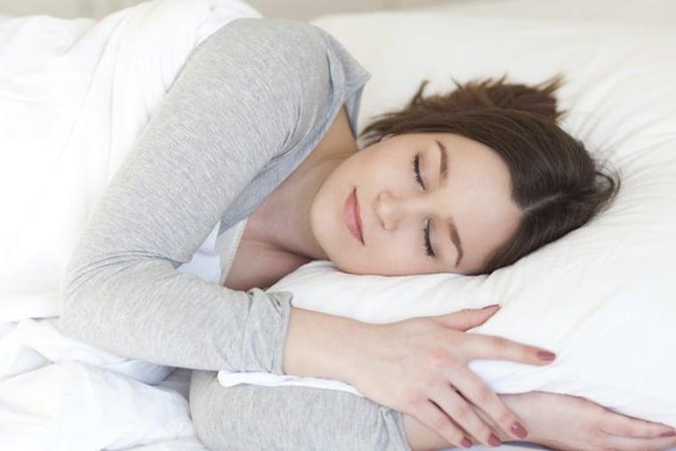 Nên dùng thuốc Canesten 500mg vào buổi tối trước khi ngủ