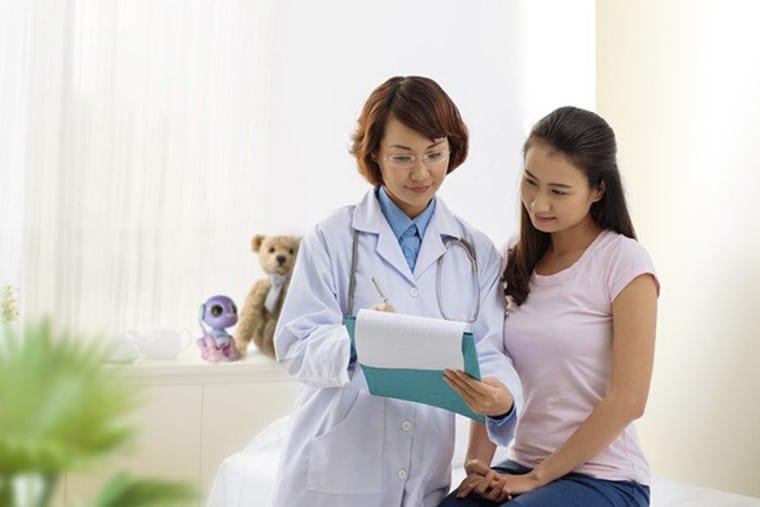Gặp bác sĩ ngay khi có triệu chứng bất thường về sức khỏe