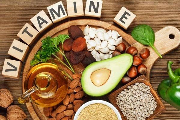"""Vitamin E là """"thần dược"""" chữa khô âm đạo"""