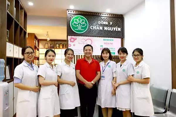 Đông y Chân Nguyên từng điều trị khỏi bệnh cho Táo gia thông - Chí Trung