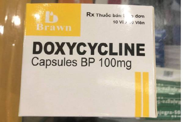 Thuốc kháng sinh Doxycycline điều trị viêm nha chu