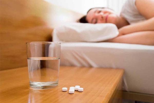 Thuốc ngủ giúp người dùng chìm vào giấc ngủ nhanh chóng