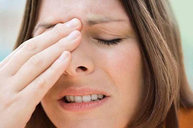 Mũi thường xuyên bị đau nhức