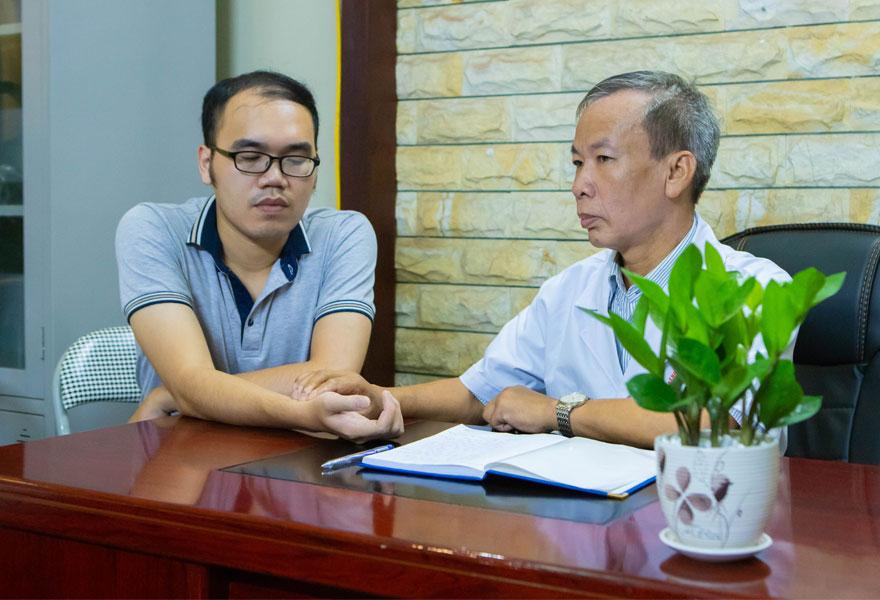 Bác sĩ, đại tá: Nguyễn Văn Loãn