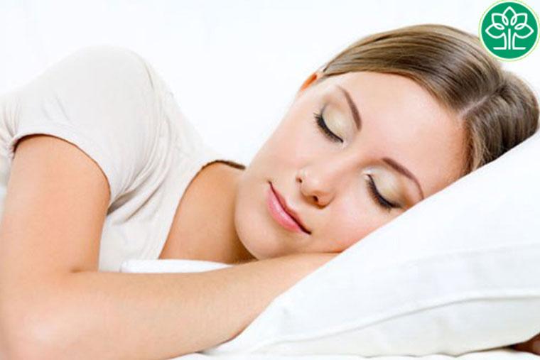 Sau cắt amidan người bệnh nên có chế độ ăn uống và nghỉ ngơi hợp lý, phòng tránh những biến chứng sau cắt amidan có thể xảy ra