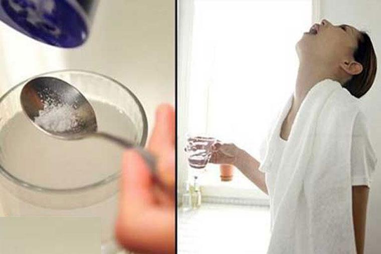 Cách súc miệng bằng nước muối sinh lý