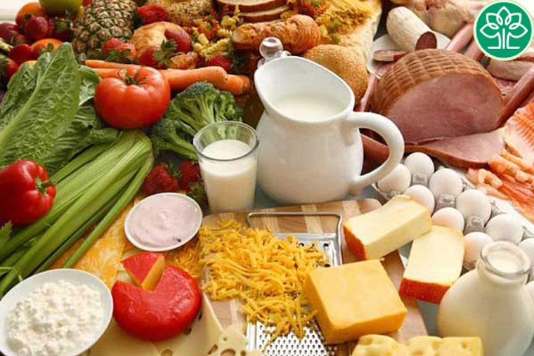 Tham khảo ý kiến của các chuyên gia dinh dưỡng để có một chế độ ăn phù hợp