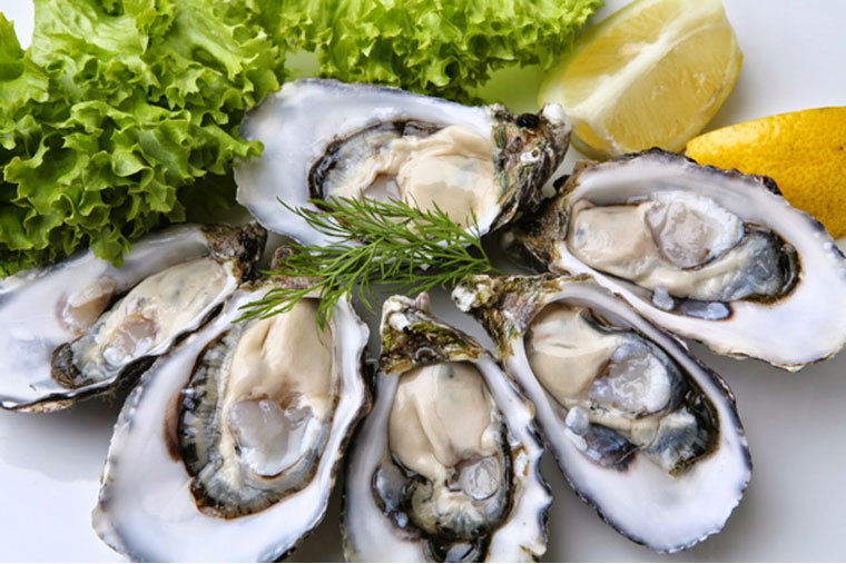 Nên bổ sung hải sản vào bữa ăn để tăng cường sinh lực