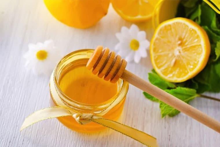 Mật ong chữa viêm họng mạn tính