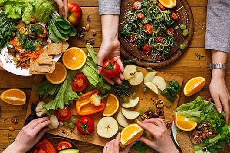 Một chế độ dinh dưỡng hợp lý rất cần thiết cho nam giới