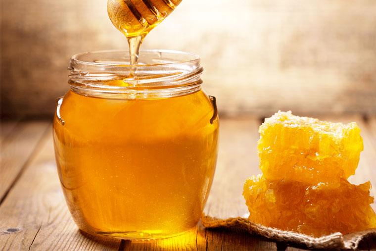 Mật ong – thực phẩm chữa viêm họng hiệu quả
