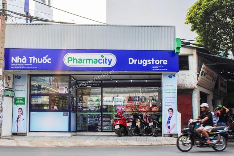 Nên mua thuốc tại các quầy thuốc uy tín nhất