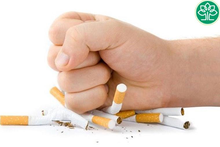 Viêm phế quản cấp không nên hút thuốc là và các chất kích thích