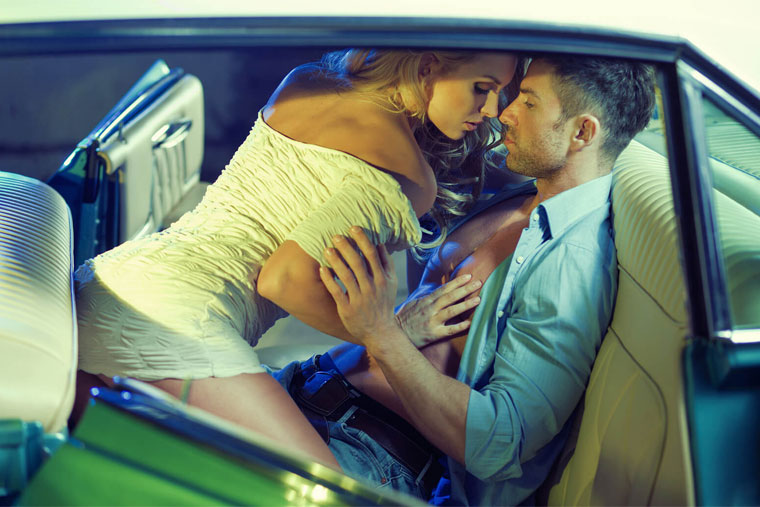 """Quan hệ trên ô tô khiến cả hai người đều lên """"đỉnh"""" nhanh nhất"""