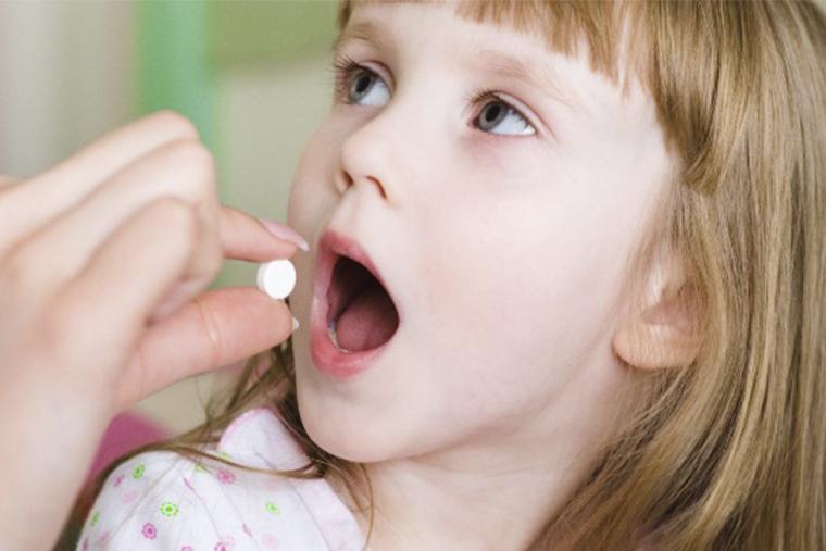 Thận trọng khi dùng thuốc Ranitidin cho trẻ sơ sinh