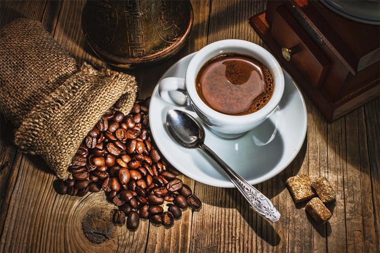 Cà phê là kẻ thù của viêm loét dạ dày