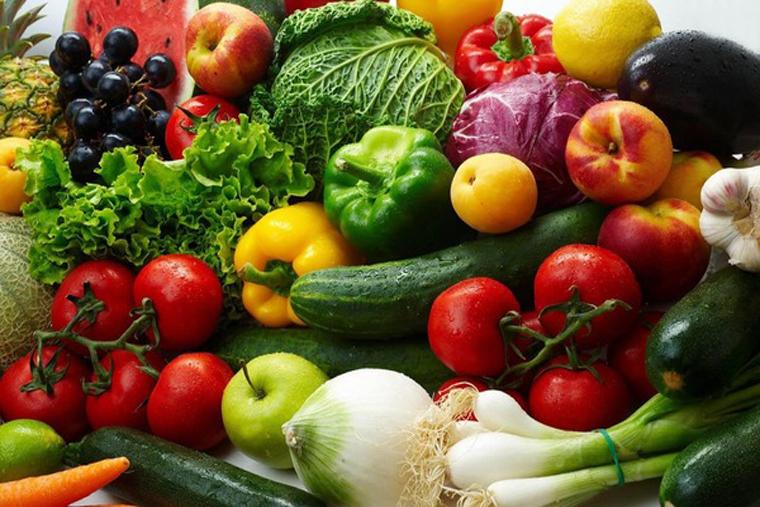 Rau củ là thực phẩm giàu vitamin, chất xơ tốt cho sức khỏe con người