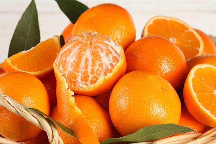 Sau sinh nên ăn hoa quả gì?