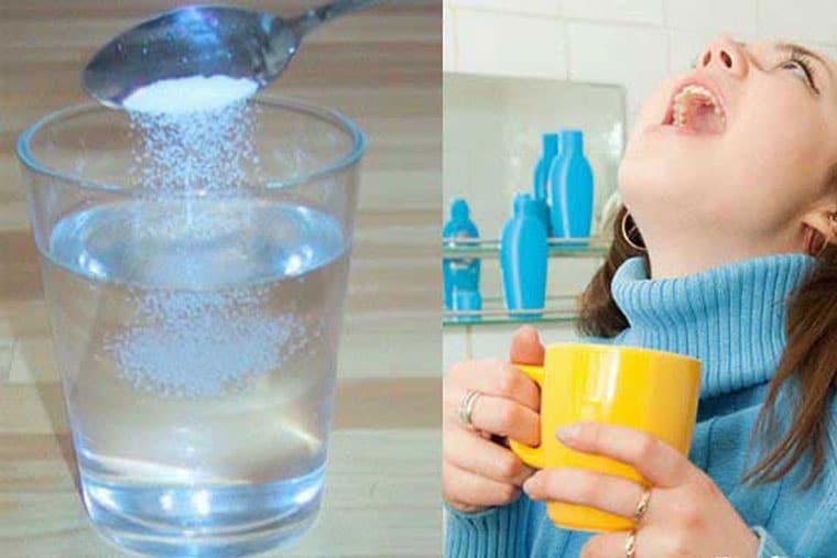 Súc họng thường xuyên bằng nước muối sinh lý giúp giảm nhanh các triệu chứng VH