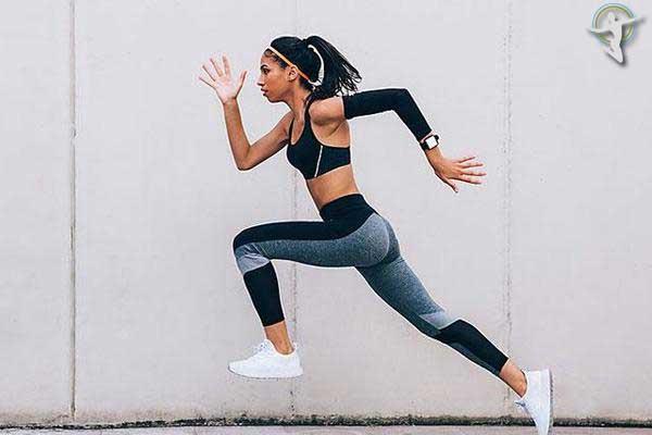 Tập thể dục quá đà hoặc vận động mạnh khiến cơ thể dễ bị nóng và nổi mề đay