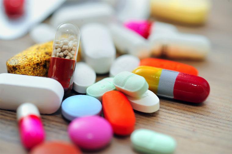 Thuốc kháng sinh chữa viêm họng (ảnh minh họa)