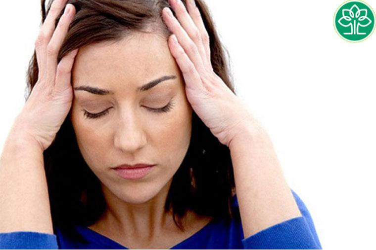Hoa mắt, đau đầu, chóng mặt, buồn nôn là một trong những biểu hiện tác dụng phụ của thuốc khí sử dụng quá liều