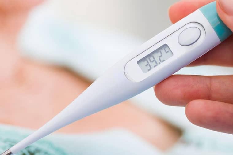 Bệnh nhân có thể sốt cao đến 40 độ