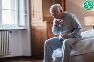 Người cao tuổi là đối tượng rất hay mắc viêm phế quản phổi